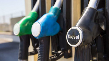 Truckers: Fill up your tank ASAP. Diesel could surge $.60 per gallon this week